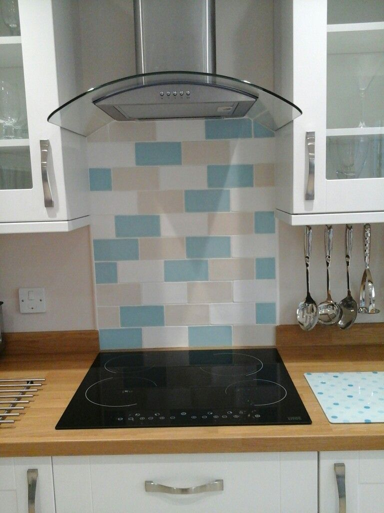 Splashback Laura Ashley Artisan Tiles In White Biscuit And