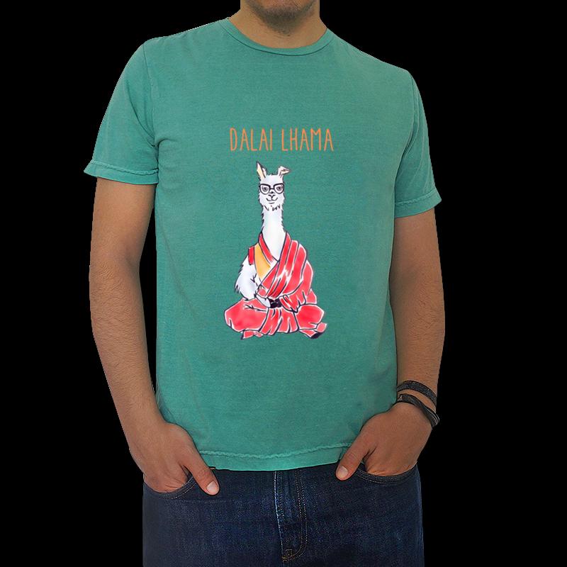 Dalai Lhama de @pinkmamutestudio · Camisas · R$65,00