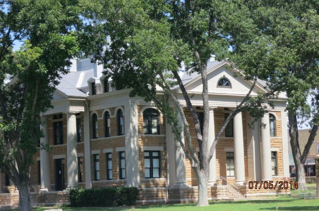 Theres The Mason County Courthouse | House styles