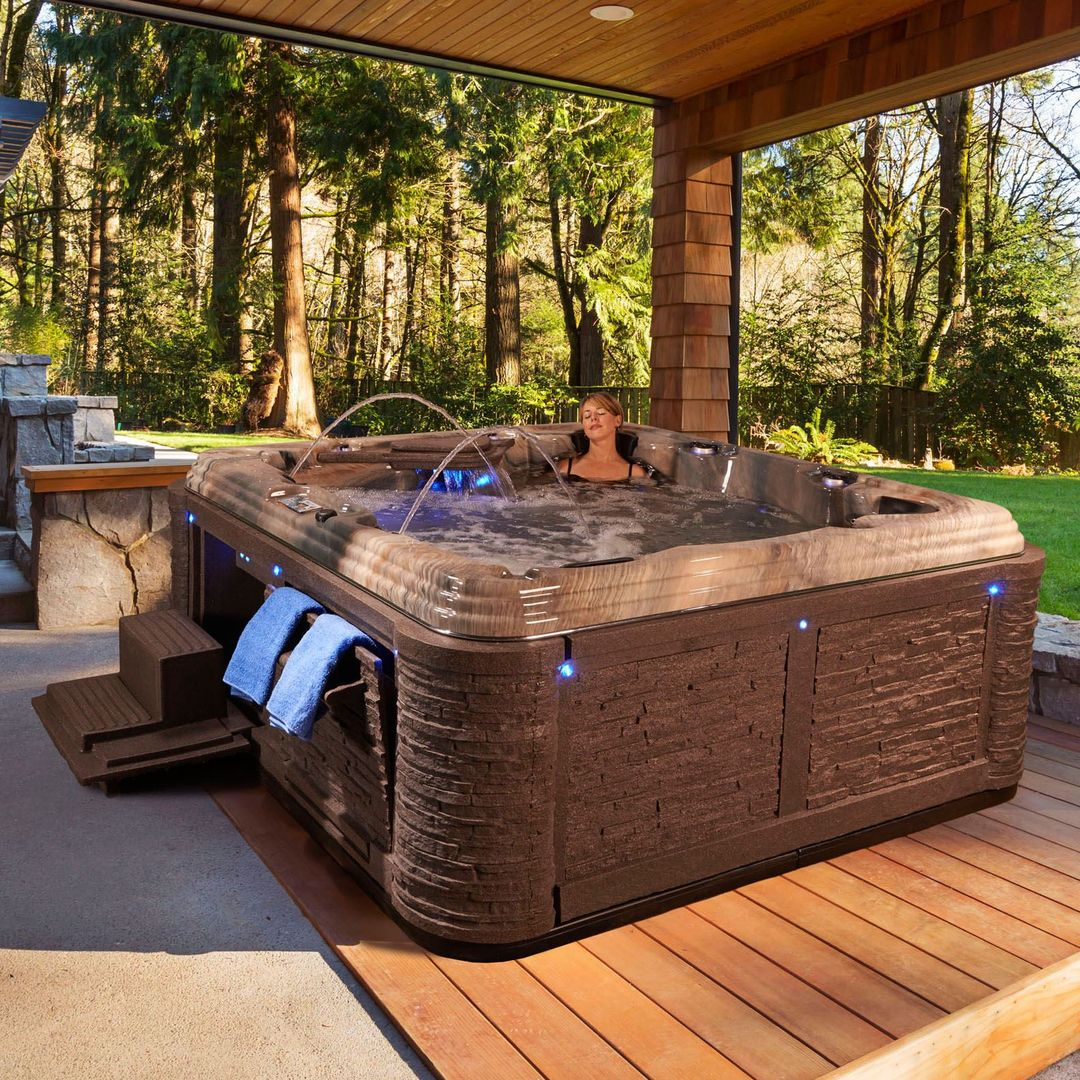 Everlast Spas Grand Estate 90-Jet Spa, Tuscan Sun | Spa, Hot tubs ...