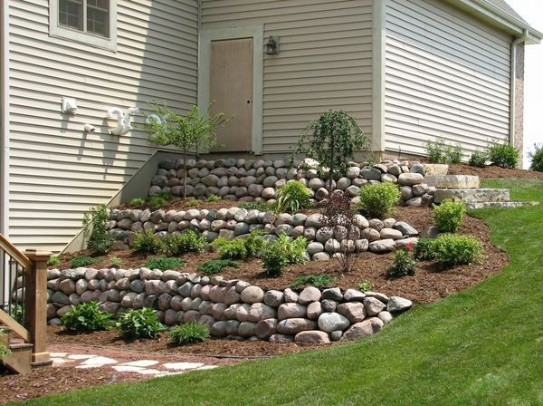 Landscaping for a steep walk out basement yard google for Walkout basement backyard ideas