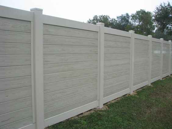 mossy oak fence in 2020 vinyl privacy fence backyard on inexpensive way to build a wood privacy fence diy guide for 2020 id=94315