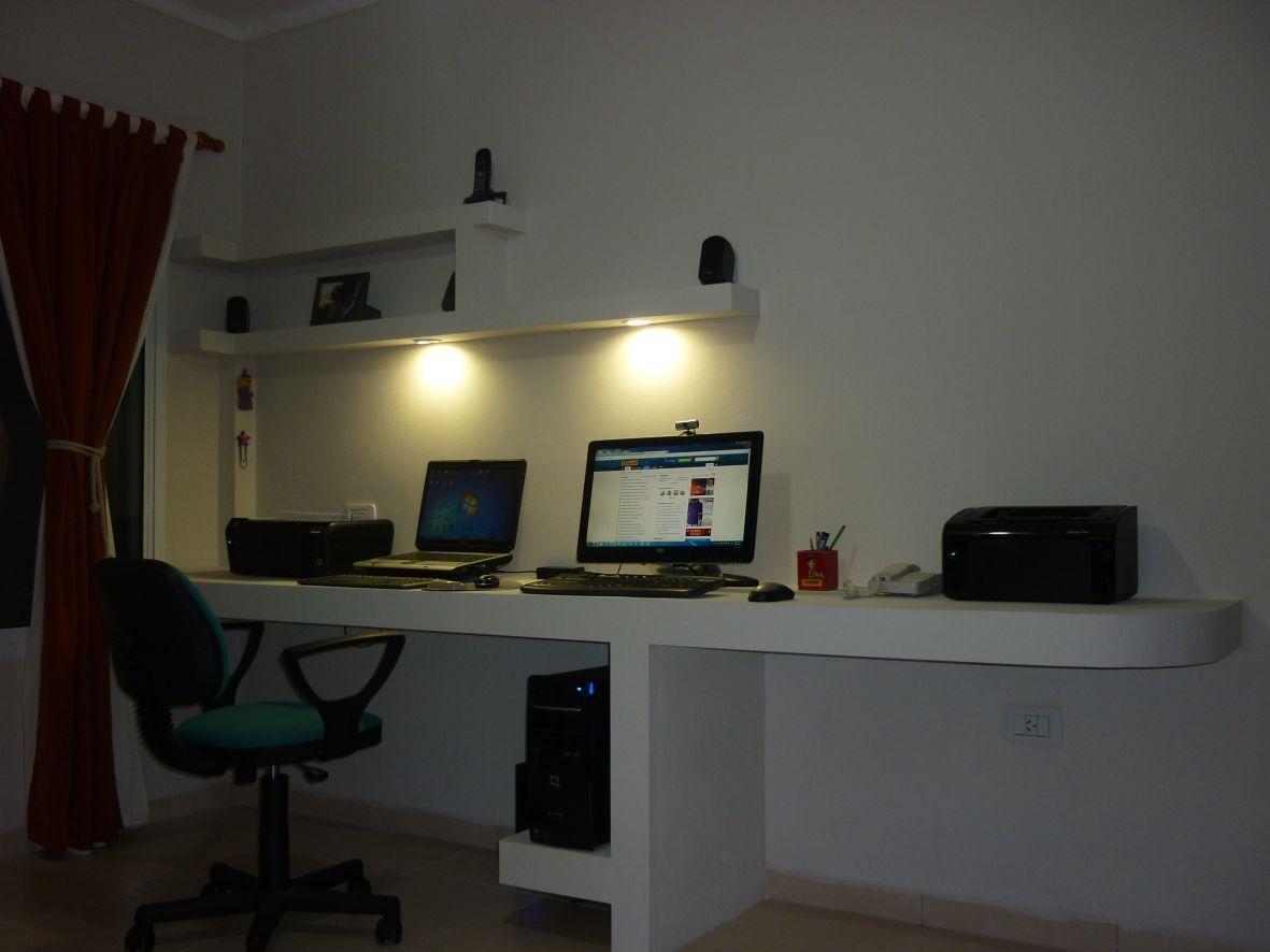 Construcci n de escritorio para pc y placard en durlock for Muebles escritorio para casa