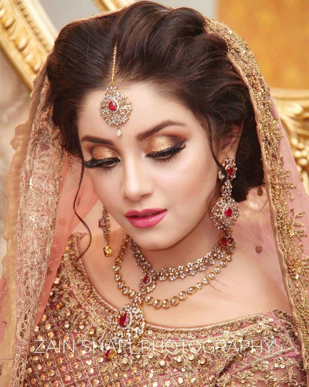 Pin By Jannat Ali On Dulhan Bridal Makeup Images Bridal Eye