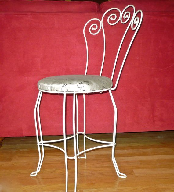Vintage Metal Painted Parlor Chair Mid Cehtury By CasaKarmaDecor, $85.00