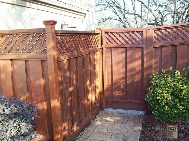 Board On Board Fence With Lattice Redwood Backyard Fences Fence Design Redwood Fence