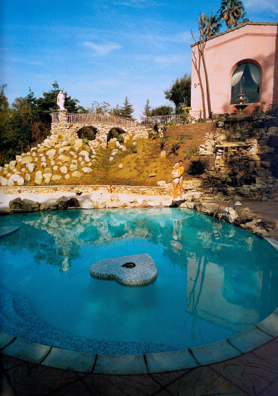 Mickey Hargitay Built A Heart Shaped Swimming Pool For Wife Movie Star  Jayne Mansfield. Across
