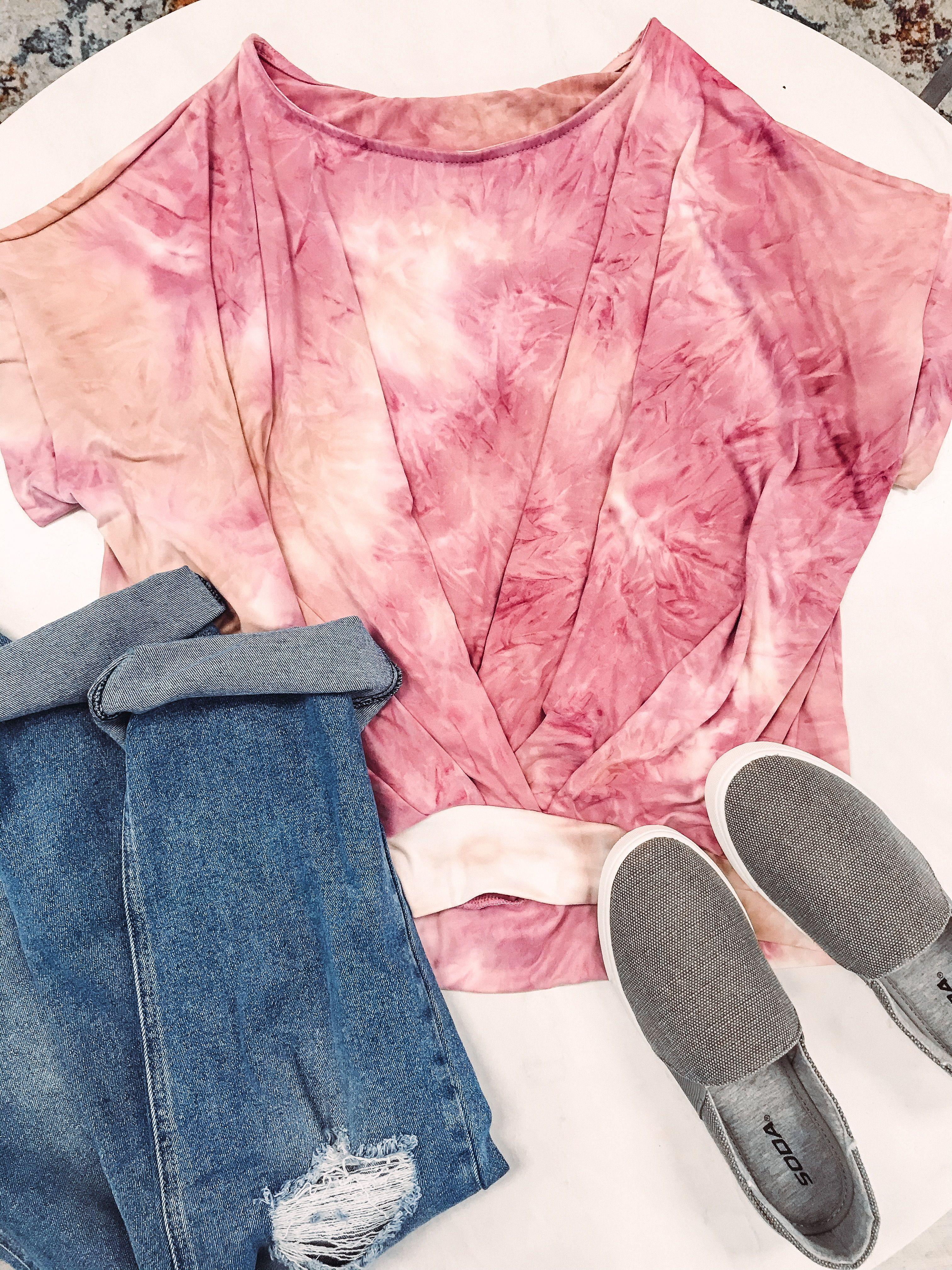 Open back tie dye top. I like to wear mine with a lace bralette. #tiedye #tiedyetop
