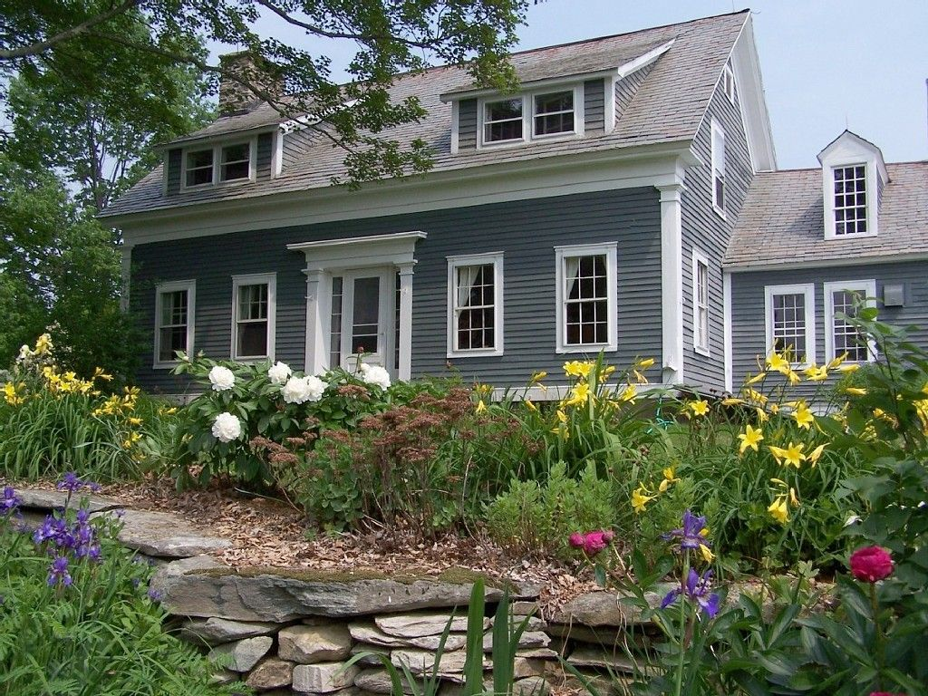 Londonderry Farmhouse Rental Charming Vermont With Spectacular View