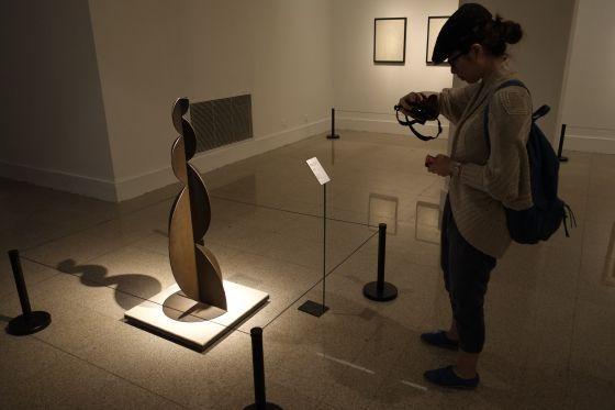 China abre los ojos a la escultura española del siglo XX   - La muestra 'De Picasso a Barceló' se puede ver hasta el 30 de junio en Pekín  - Expone 79 obras de artistas como Gaudí y Chillida