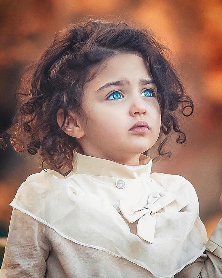 دغدغهء روزمره ام بودن توست نفس کشیدنت ایستادنت خندیدنت دخترم تو باشی و خدا دنیا بر Cute Baby Girl Wallpaper Cute Little Baby Girl Cute Baby Girl