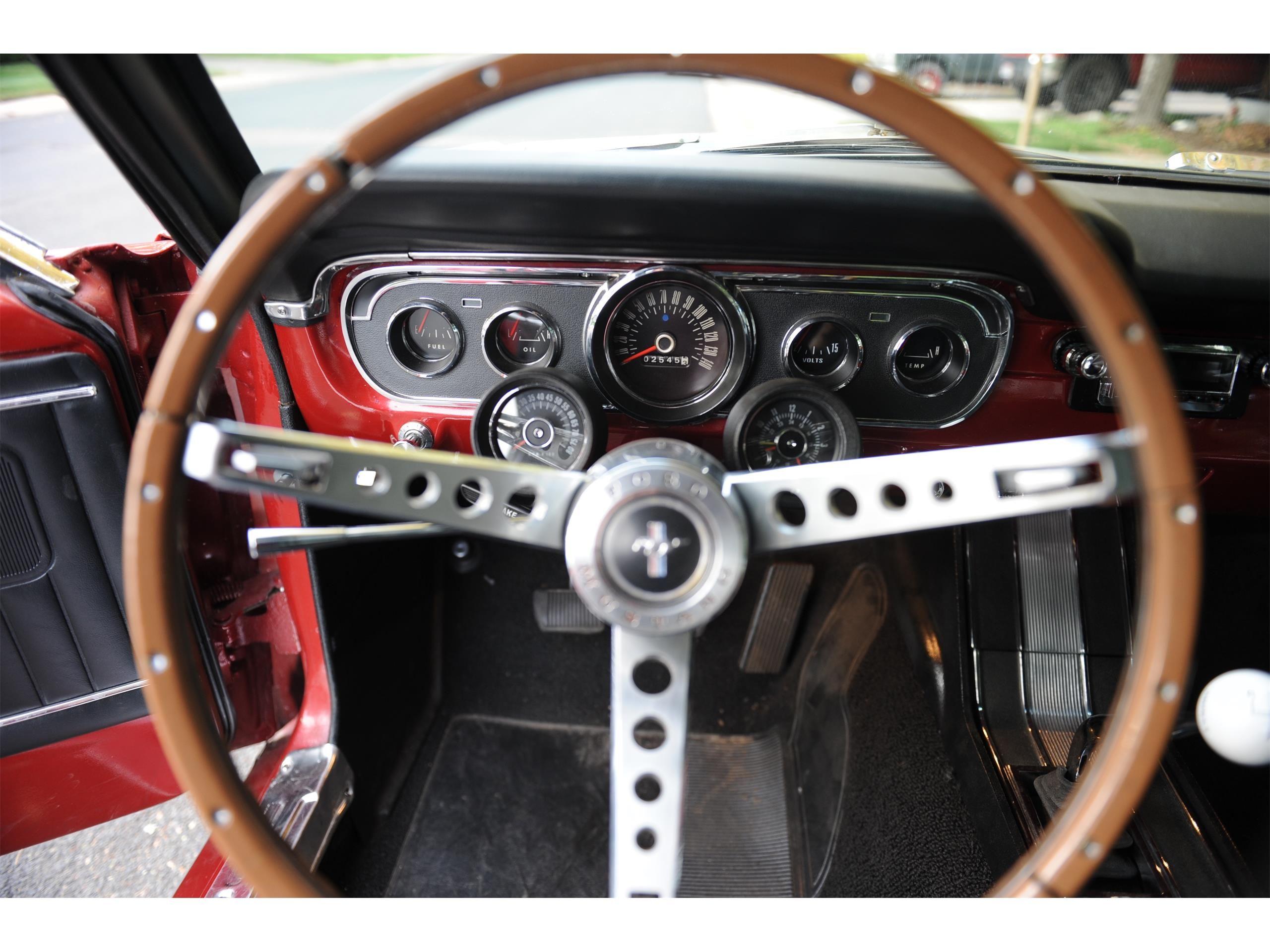 interior car detailing denver