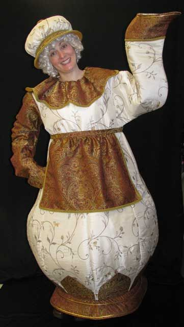 Mrs. Potts from Beauty, re-pinned from Becky Schermerhorn. It's really nice but she needs a few more gallons of tea in her pot!