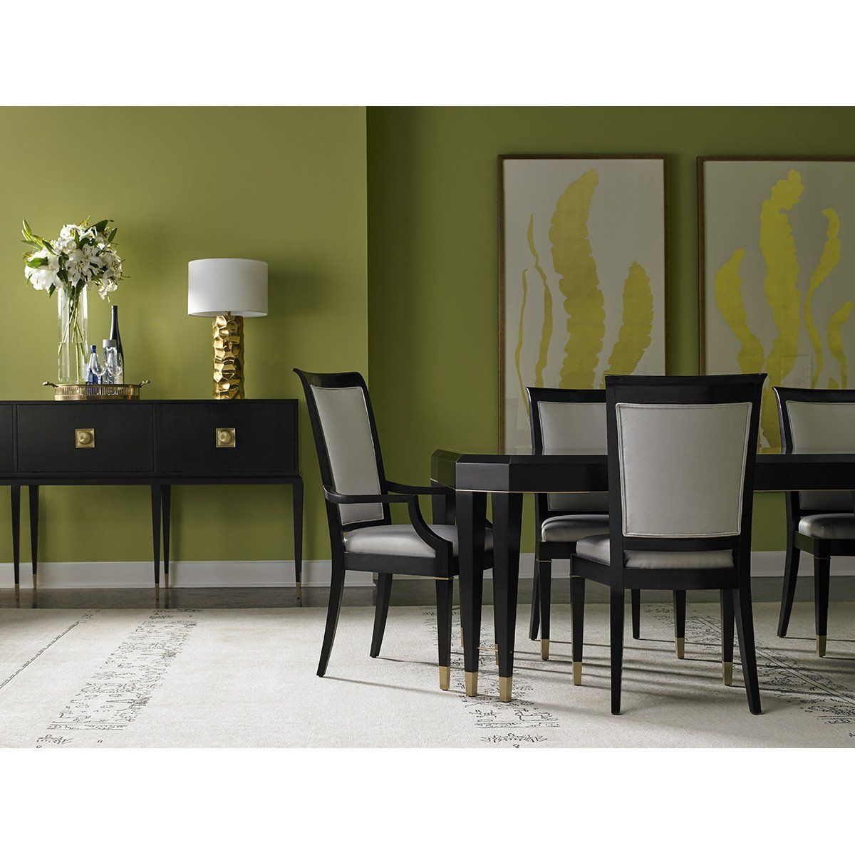 Lillian August Noir Dining Table #dunkleinnenräume