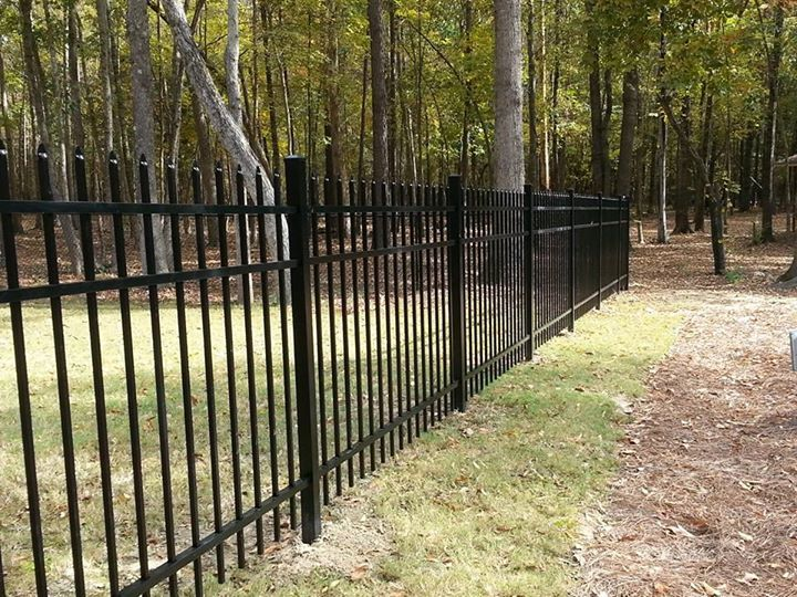 Black Aluminum 4ft Elite Fencing With Images Aluminum Fence Types Of Fences Outdoor