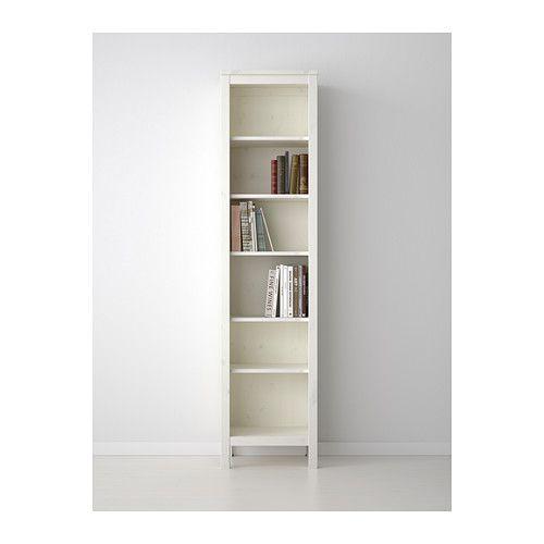 HEMNES Boekenkast IKEA Massief hout heeft een natuurlijke ...