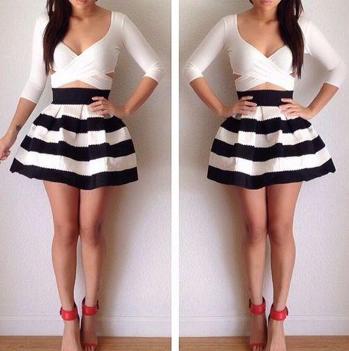967ebd7de9 Black and white Faldas Cortas De Moda