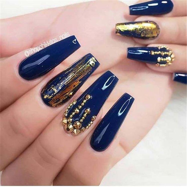 Gorgeous Dark Blue Coffin Nail Designs You Must Try This Winter Dark Blue Nails Coffin Nail Dark Blue In 2020 Blue Nail Designs Blue Glitter Nails Gold Nail Designs