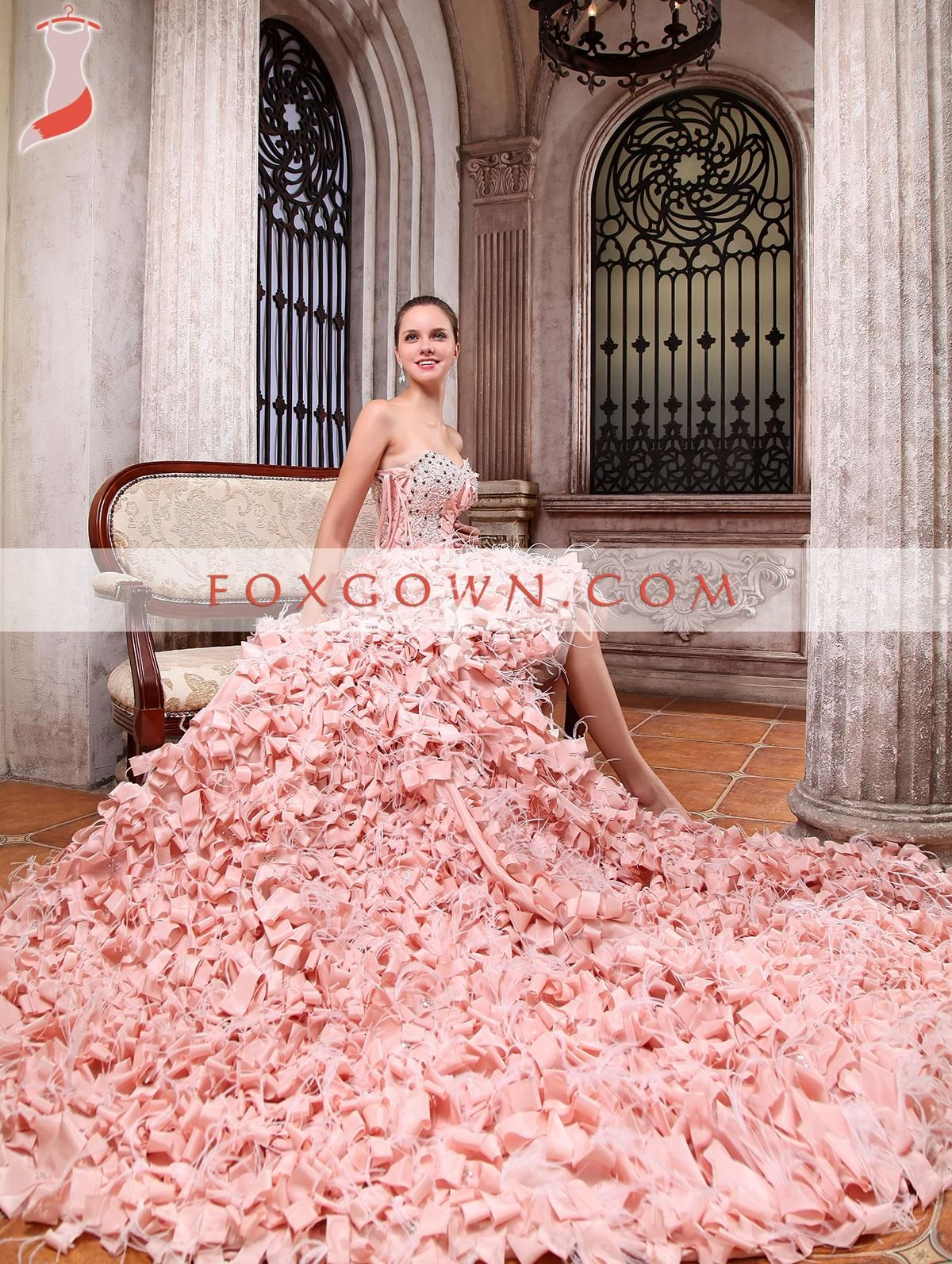 Pink Ruffled Wedding Dress Train_Wedding Dresses_dressesss