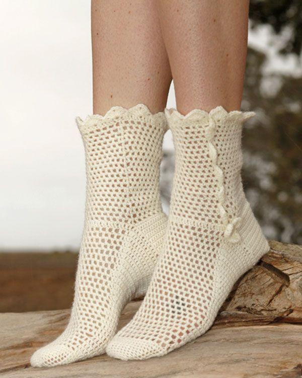 Утонченно женственные носочки от Drops Design вязаные крючком ...