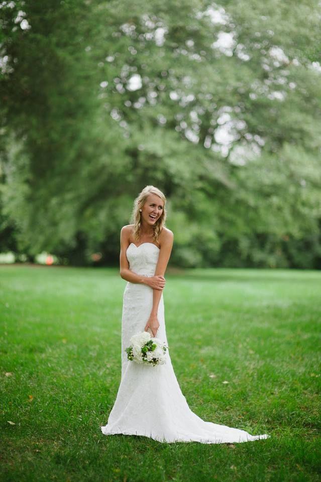 Lace wedding dress \