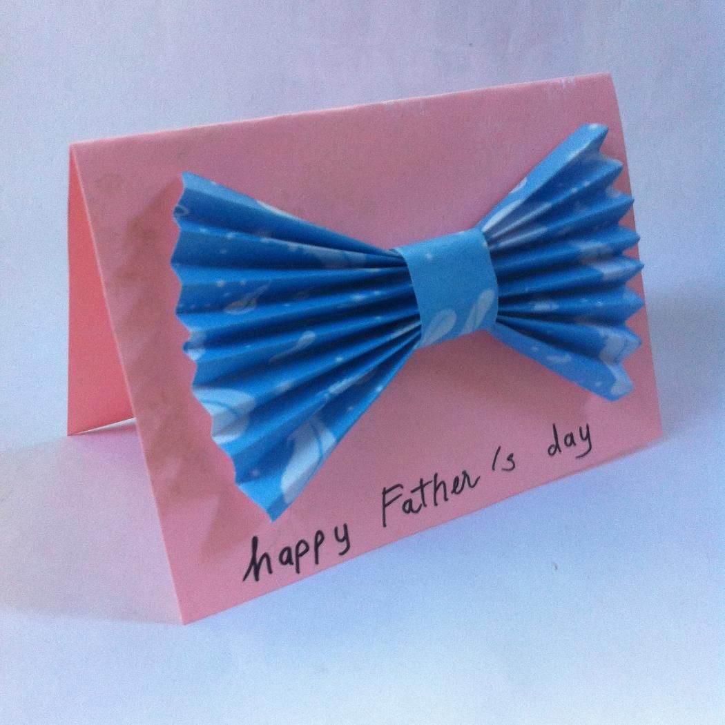 How to make a homemade scrapbook with construction paper - Easy Bowtie Card For Father S Day The Kids Can Easily Make Them With Wrapping Paper
