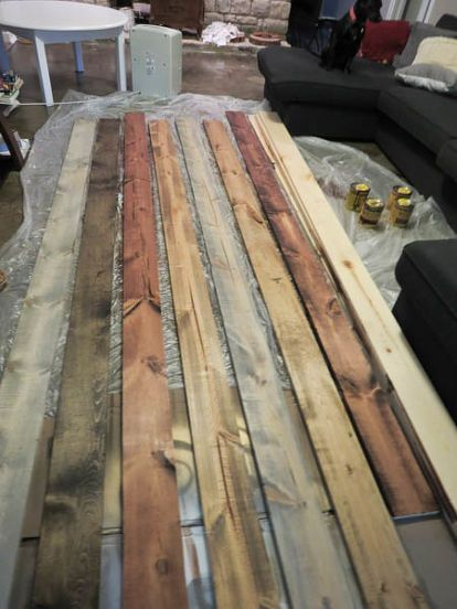 How to Inexpensively Create a Reclaimed Wood Wall #woodfeaturewalls