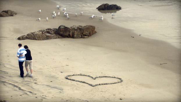 """""""En el amor se soporta más que en cualquier otro estado."""""""