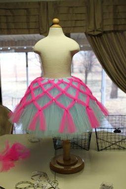 59377e9953 Criss-cross tulle tutu tutorial – adorable DIY girls  skirt for fancy dress-up