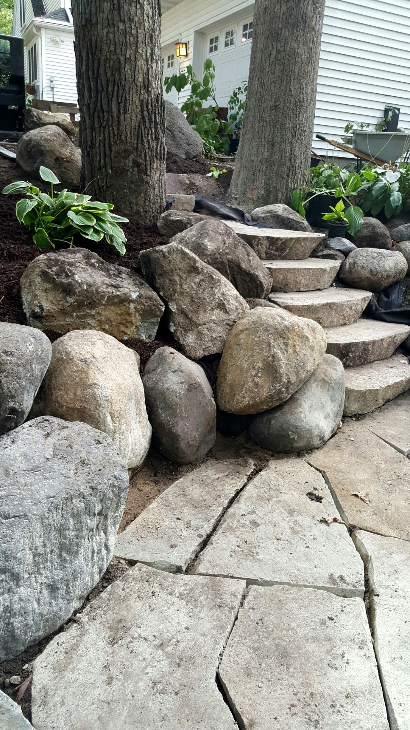 Love the big boulders next to the steps