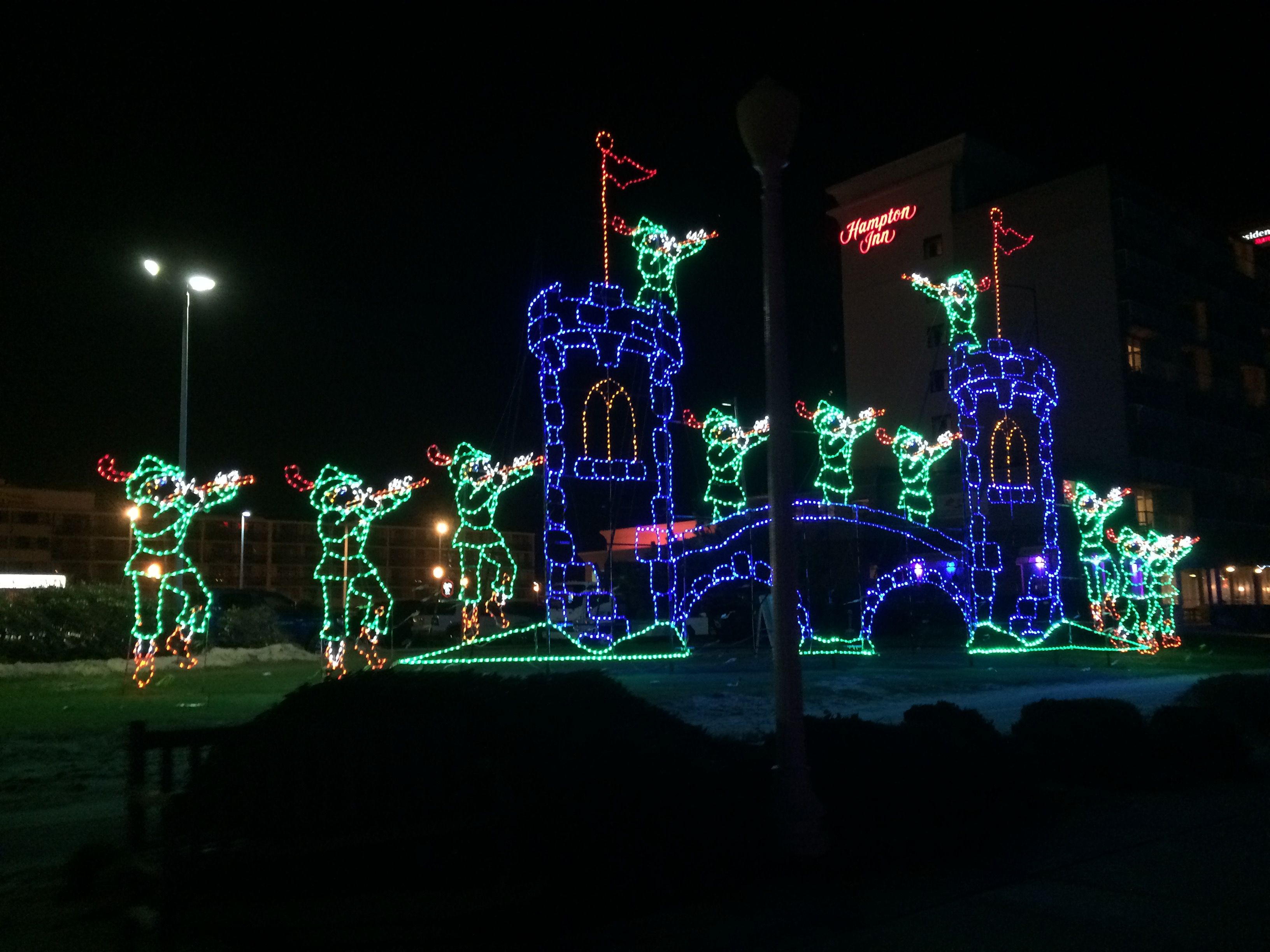 christmas lights along the broadwalk at virginia beach oceanfront 2015