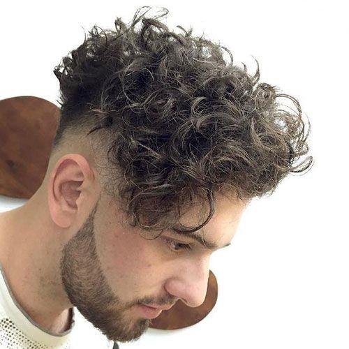 Curly Hair Undercut 2020 Guide Hombres Con Cabello Rizado