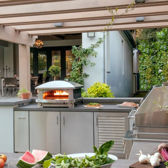 kalamazoo freestanding artisan fire natural gas pizza oven with pizza tools sur la table on outdoor kitchen natural id=86269