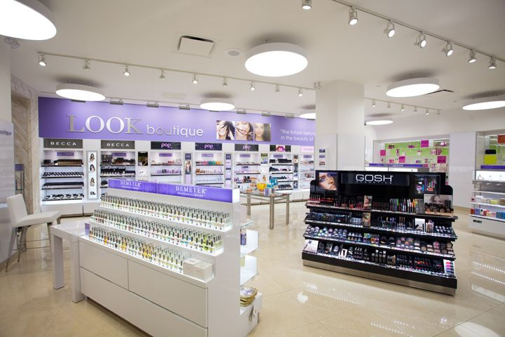 Duane Reade S Flagship Store By Cbx New York Store Design Retail Design Retail Store Design