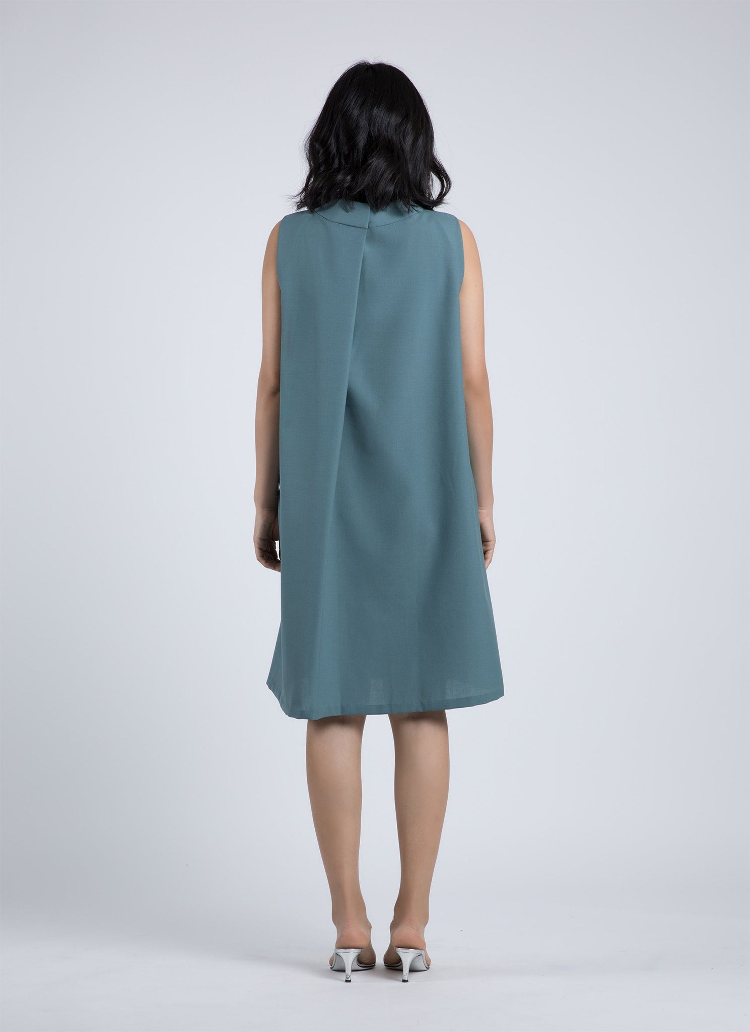 d39c97a4fc7 Vase Back Open Pleat Dress - Blue Green