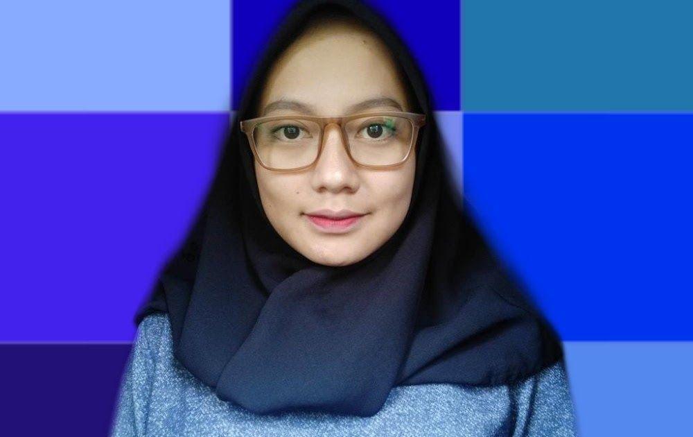 Baru 30 Warna Background Foto Tahun Ganjil Minta Latar Diedit Warna Biru 10 Hasil Foto Cewek Ini Jadi Download Cara Cepat Merubah W Warna Gambar Pas Foto