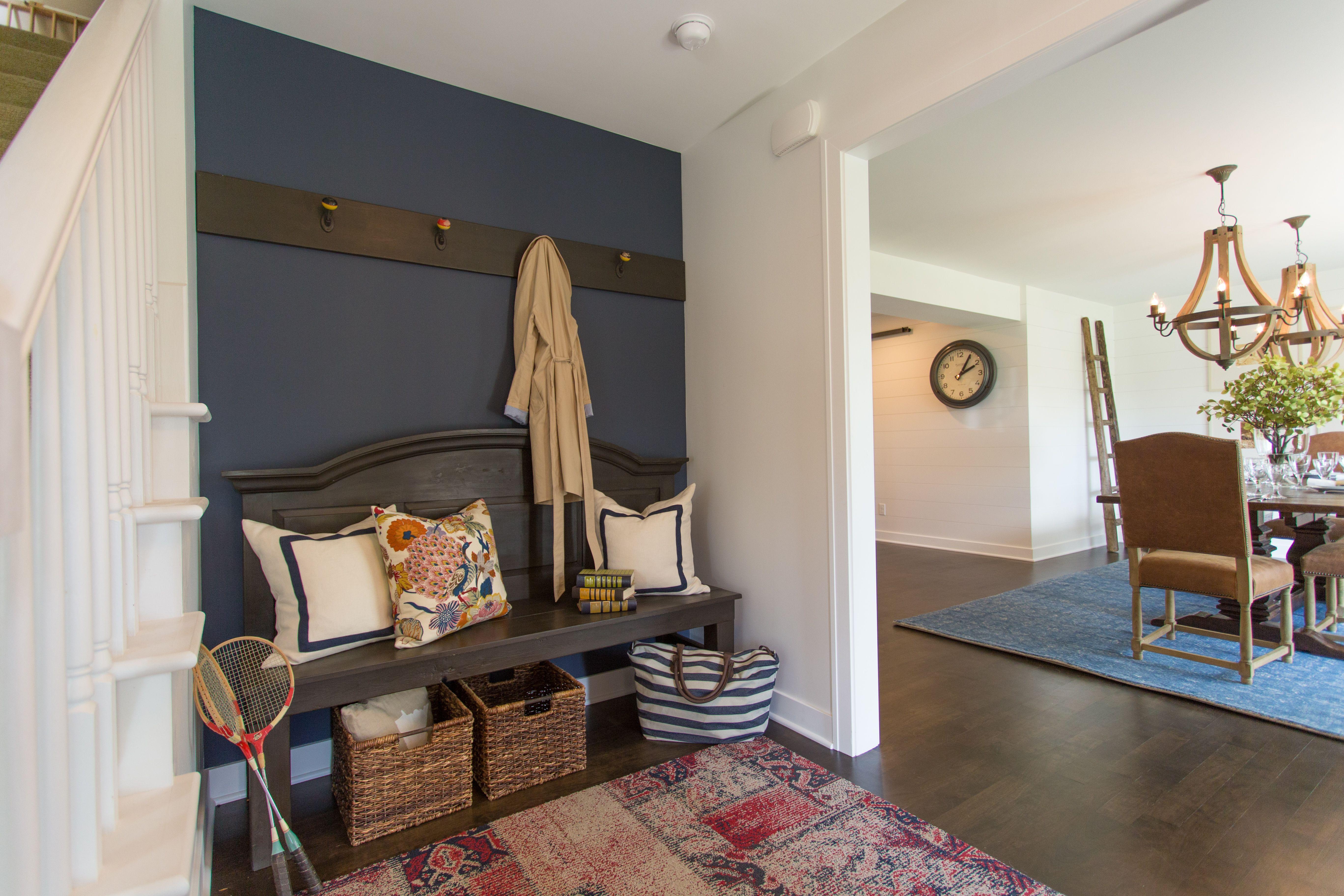 Best Entryway Benjamin Moore Hale Navy Paint Dining Room 400 x 300