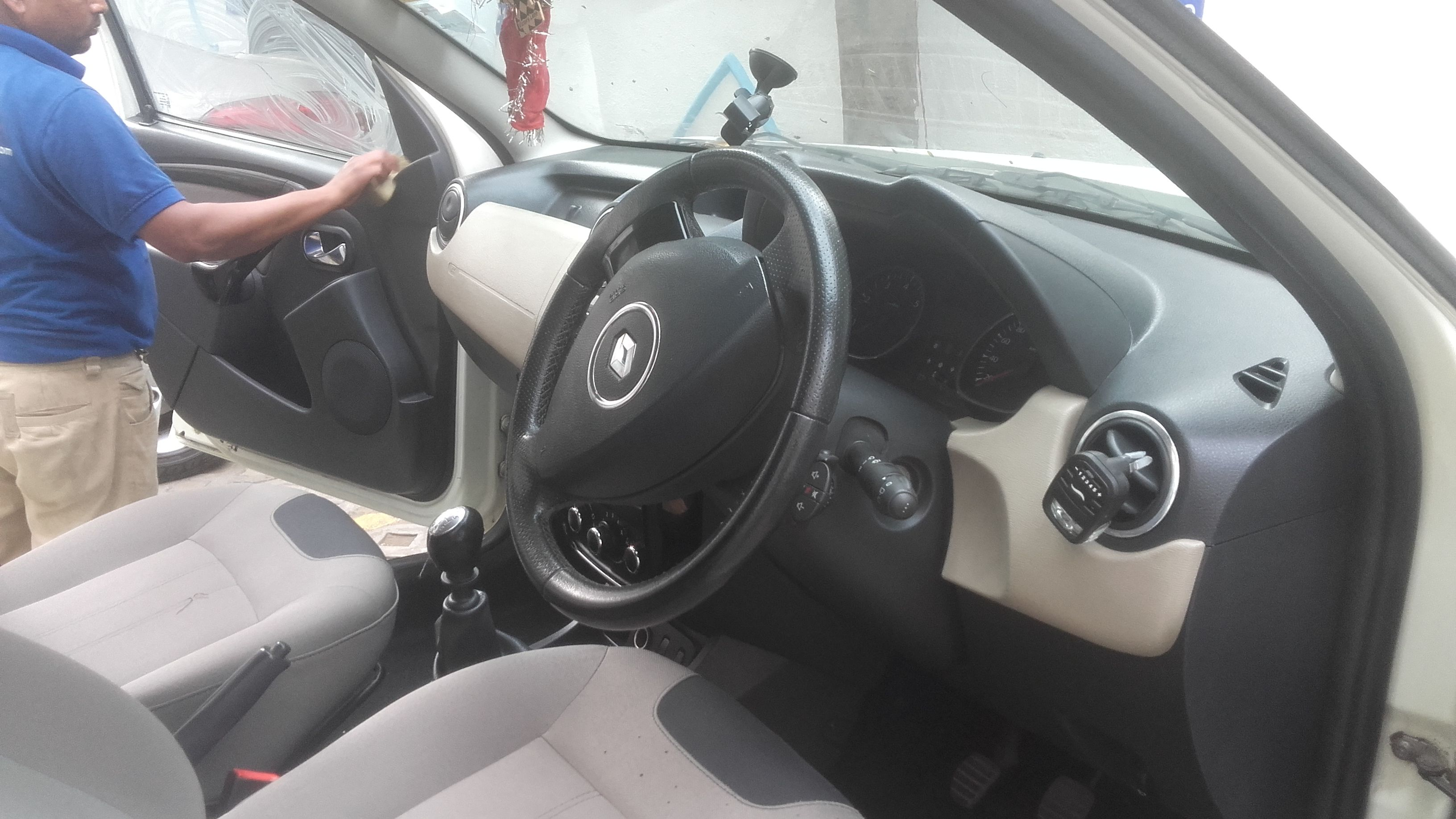 Citycarclean provides finest and affordable Car and Sofa