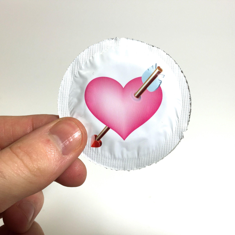 Kleiner Liebesbeweis - 6 Stk. Kondom Herz mit Pfeil
