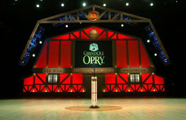 Grand Ole Opry - I've stood on the wooden circle AND SANG! Awesome!