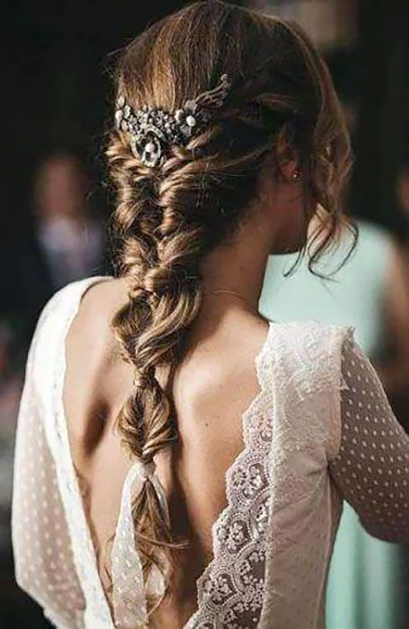 30 Chic Bridal Hairstyles for Your Special Day