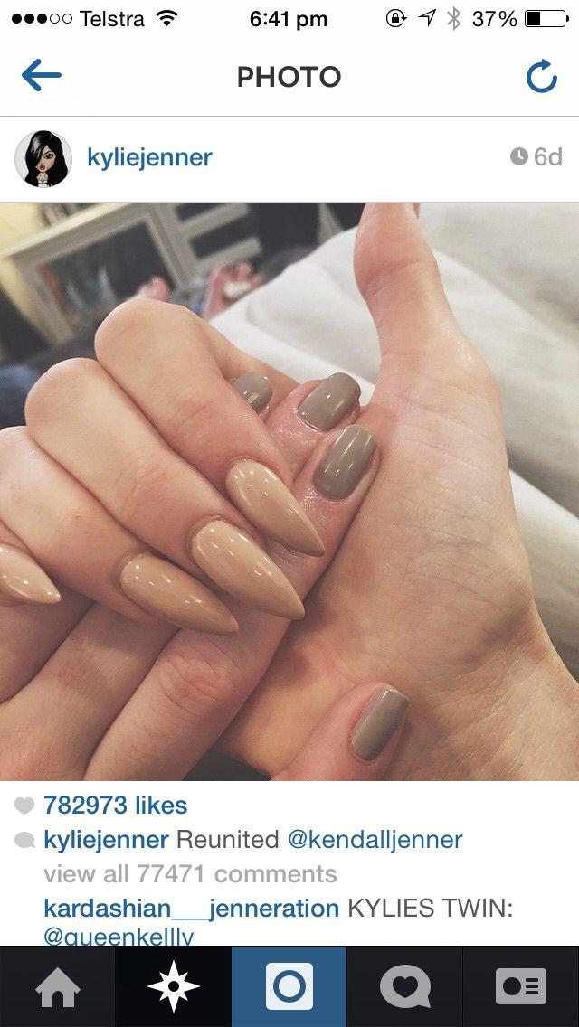 Kendall Jenner nail polish (nude/green) | Fashion | Pinterest ...