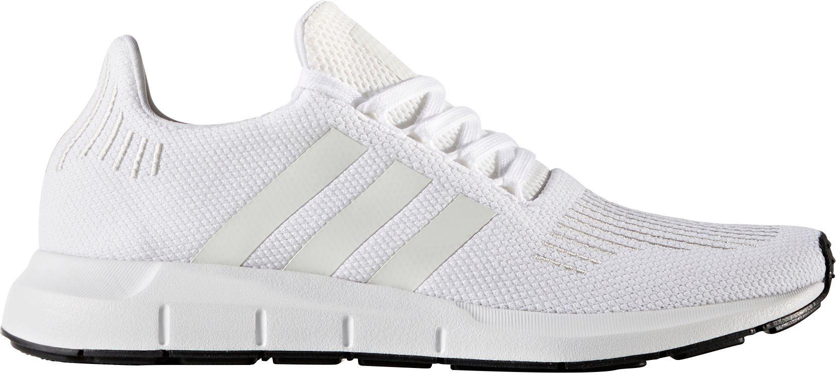 4e353e632357 adidas Originals Men s Swift Run Shoes