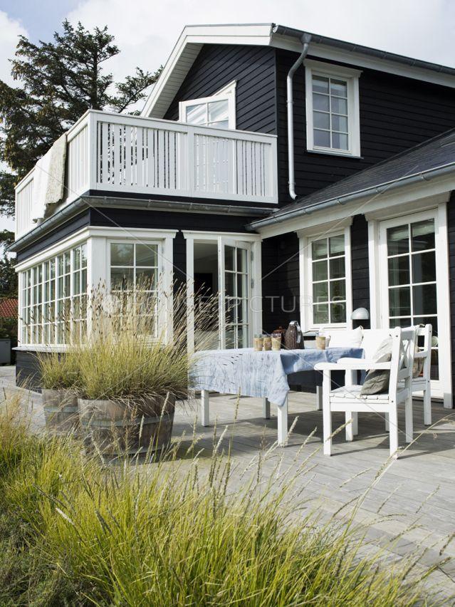 Photo of Dør og vinduer og trim