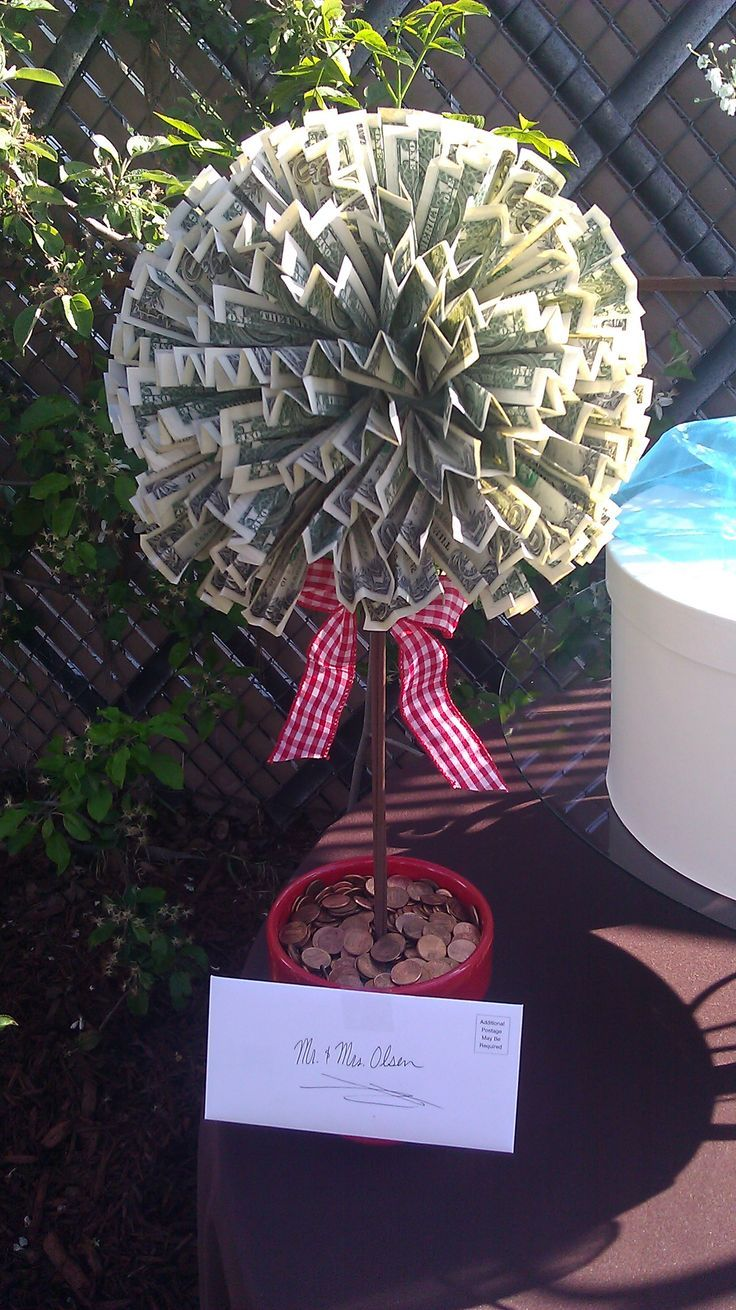 Creative Cash Gifts for Grads | Money trees, Gift and Graduation ideas