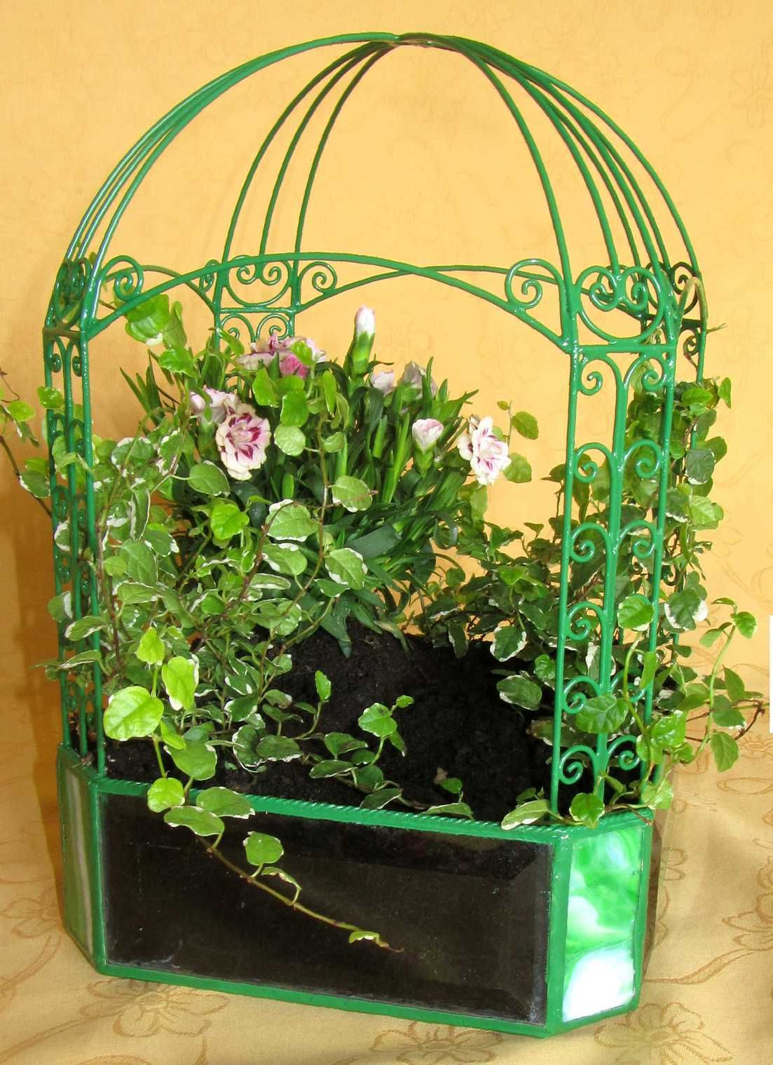 Table vivarium made out of glass and wire vivarium pinterest