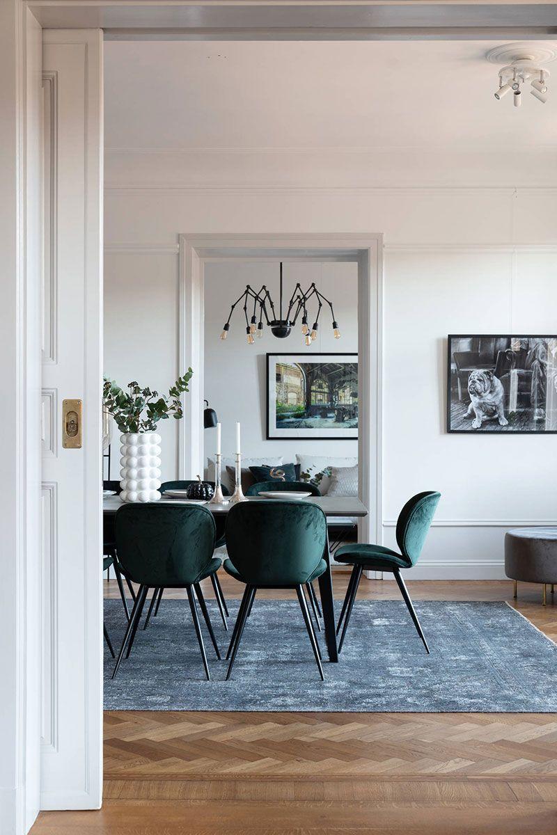 Scandinavian Design Meets French Charm In Stockholm Apartment Foto Idei Dizajn French Interior Design Parisian Style French Interior Design Scandinavian Design