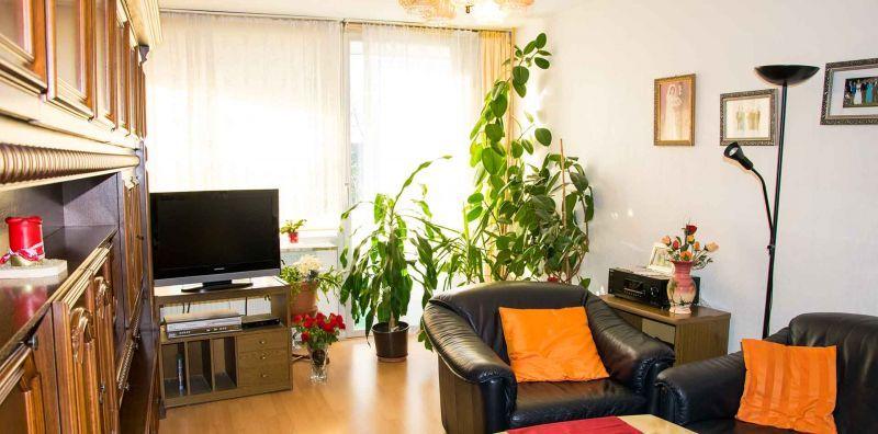3- Zimmer Etagenwohnung mit großem Sonnenbalkon