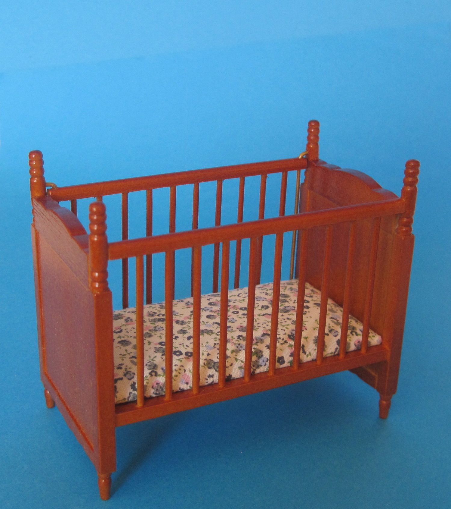puppenbett braun matratze puppenhaus kinderzimmer miniatur 1 12 puppenhaus m bel pinterest. Black Bedroom Furniture Sets. Home Design Ideas