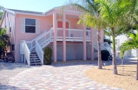 House Vacation Rental In Fort Myers Beach From Vrbo Com Vacation Rental Travel Vrbo Fort Myers Beach Vacation Rental Beach Vacation Rentals